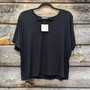 NWT Olivia Rae Basic V Neck Crop Top Large Black